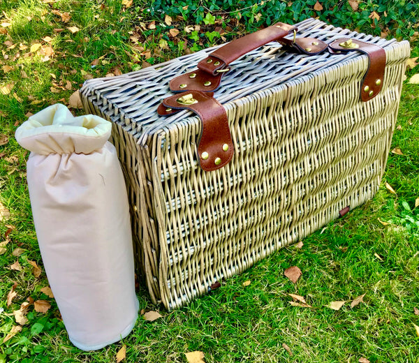 The Pembroke - fitted willow  picnic  hamper for 4