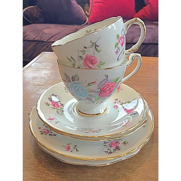 Ribbons and Roses - Vintage Tea set for 2