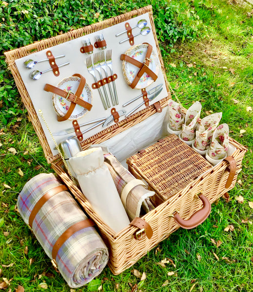 luxury picnic hamper