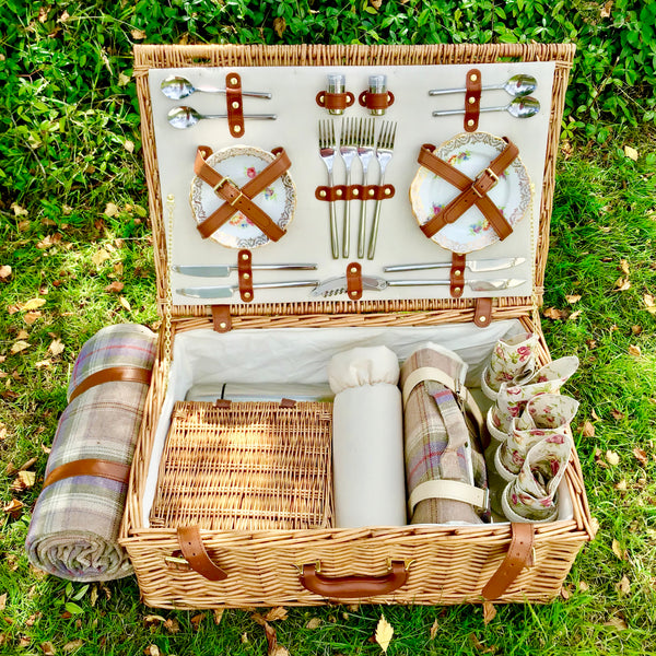 fitted picnic hamper