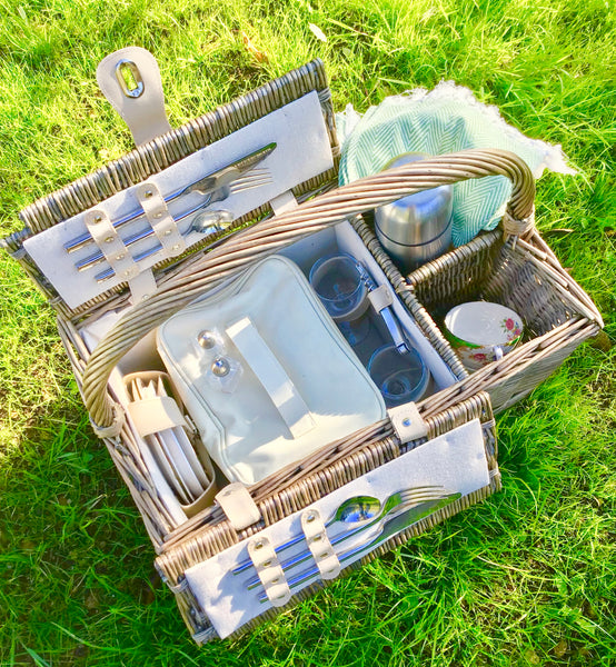 The Dyrham top-handled  Picnic hamper for 2