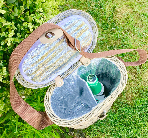 The Dartmoor willow bottle- basket with glasses and shoulder strap and cooler bag