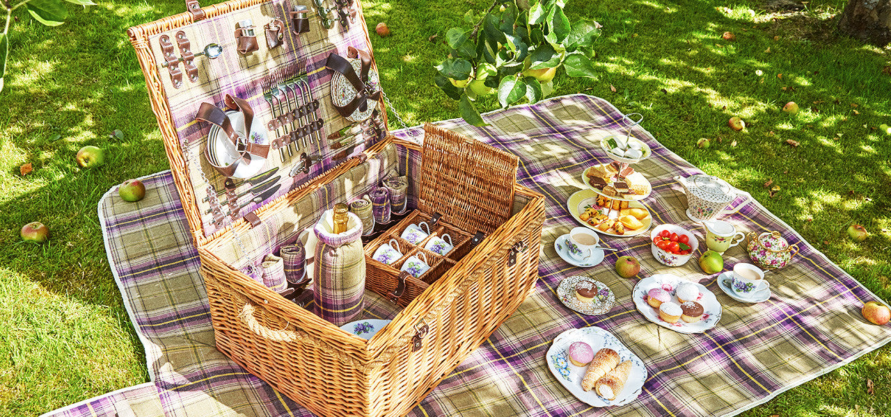 Shop for Vintage Picnic Hampers