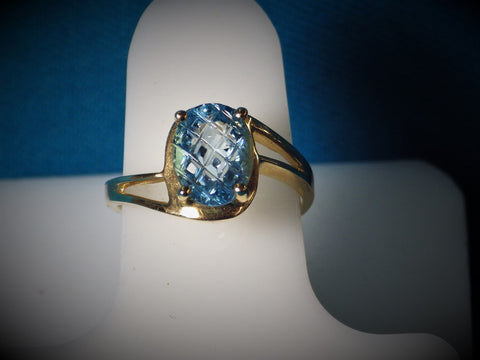 "10 Kt Gold ""Pineapple Cut"" Blue Topaz Ring - Bestwire Jewelry"