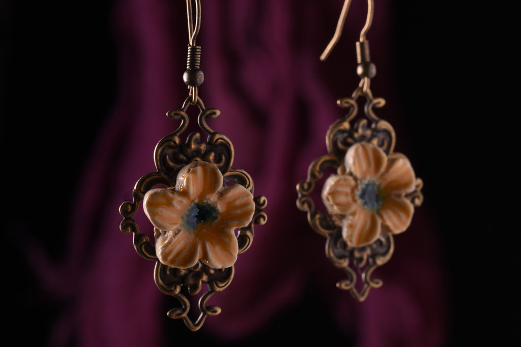 Aura's Hand Made Crossflower Earings