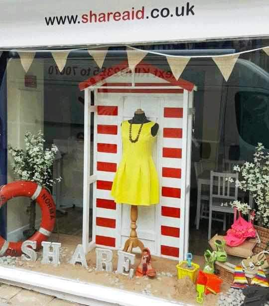 Dandy's Sponsor Share Shop's Summer window...