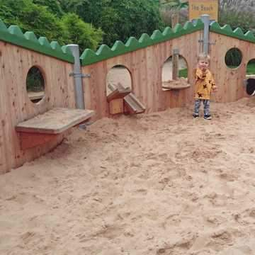 Dandy's Supply Play Sand for Chester Zoo...