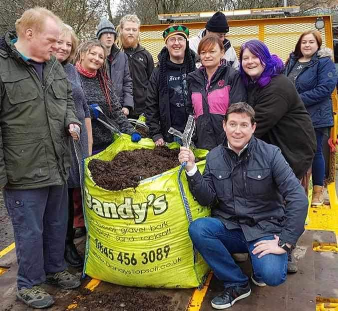 Digging Deeside gets a Dandy Donation...