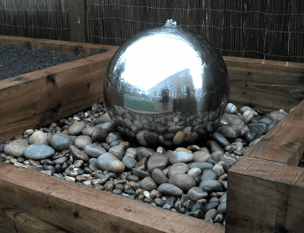 Dandy's Pebbles Water Feature