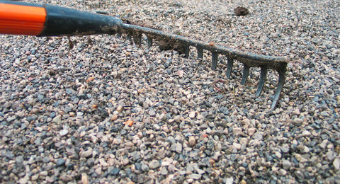 Dandy's gravel - raking out your stones