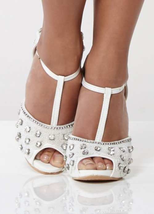 VINTAGE GATSBY 1920's INSPIRED T-STRAP HEELS IN WHITE