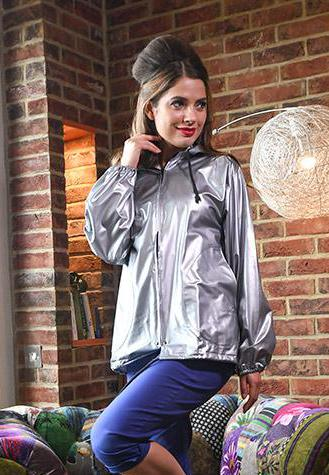Silver Pearllised Short PVC Drawstring FESTIVAL Rain Mac