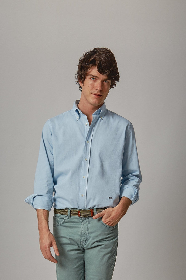 The sarga azul Formentor slim fit