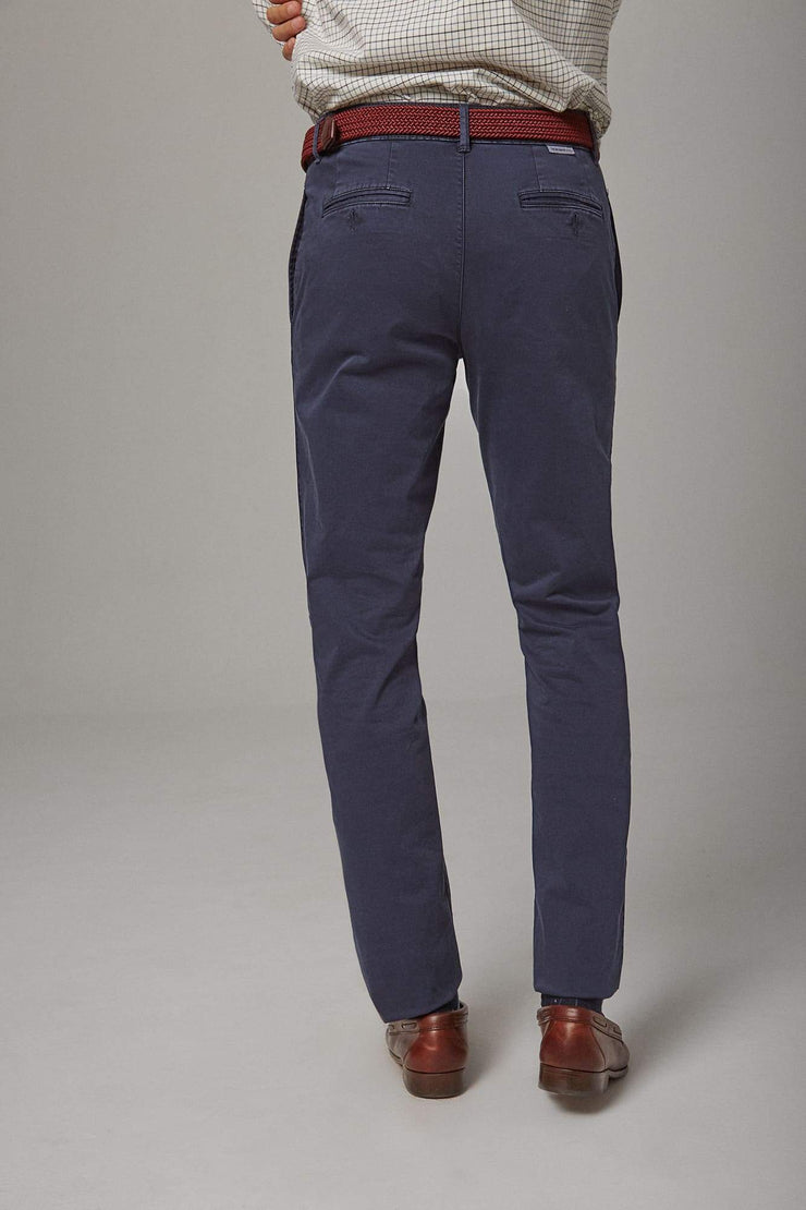 The chino azul Sella