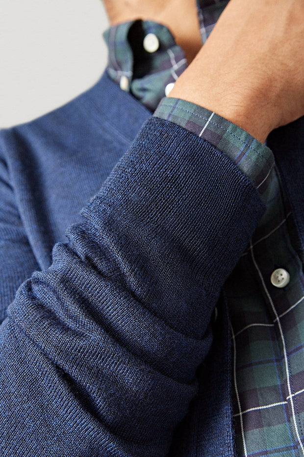 The Merino cardigan azul marino