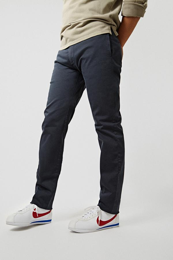 The chino azul Almirante Regular Fit