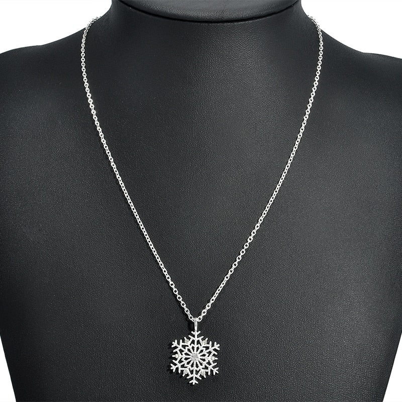 Silver Plated Flower Snowflake Necklace