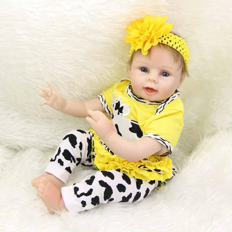 Adorable 22 Inch Real Lifelike Reborn Girl Dolls