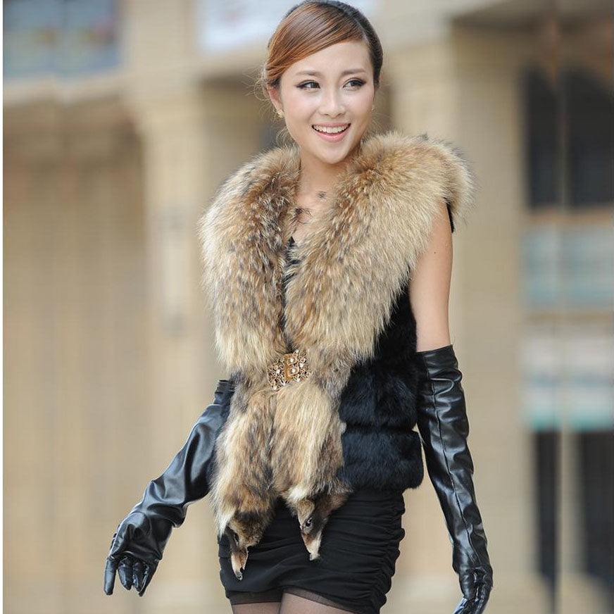 Luxury Rabbit Fur Vest Coat With Big Raccoon Fur Collar