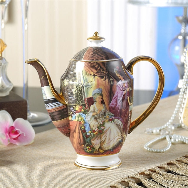Royal Vintage China Tea Pot With Infuser