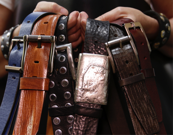 source apparel Italian leather belts