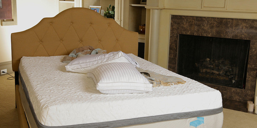 Treat yourself to better sleepblue bed memory foam mattress why a new mattress is the best gift you can give yourself solutioingenieria Image collections