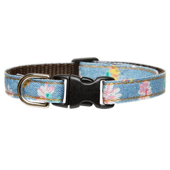 """The Girl Next Door"" Denim with floral print Collar for cats and small dogs - The Happy Dolphin Pets"