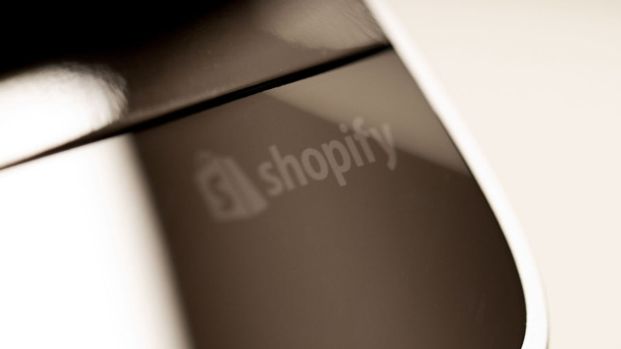UNBOXING THE NEW SHOPIFY RETAIL KIT