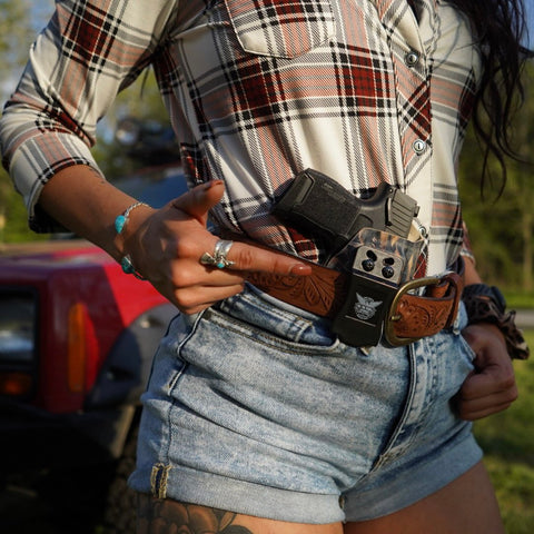 Womens IWB Holster for Concealed Carry