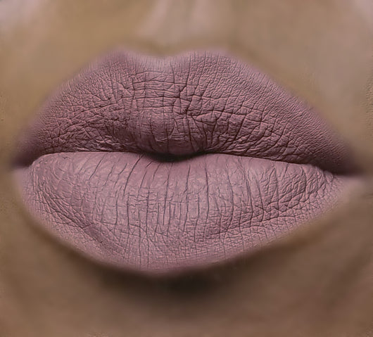 Liquid Lipstick : BRITAIN - Long Lasting vegan matte liquid lipstick. Cruelty free.