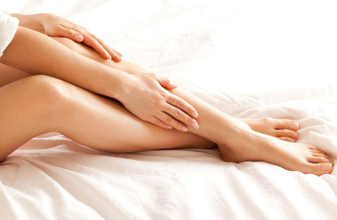 woman experiencing eucalyptus benefits on her legs