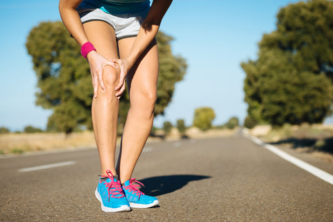 runner having knee pain