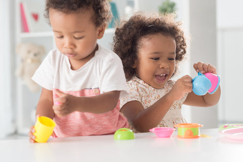 Two kids playing and experiencing toddler sleep regression