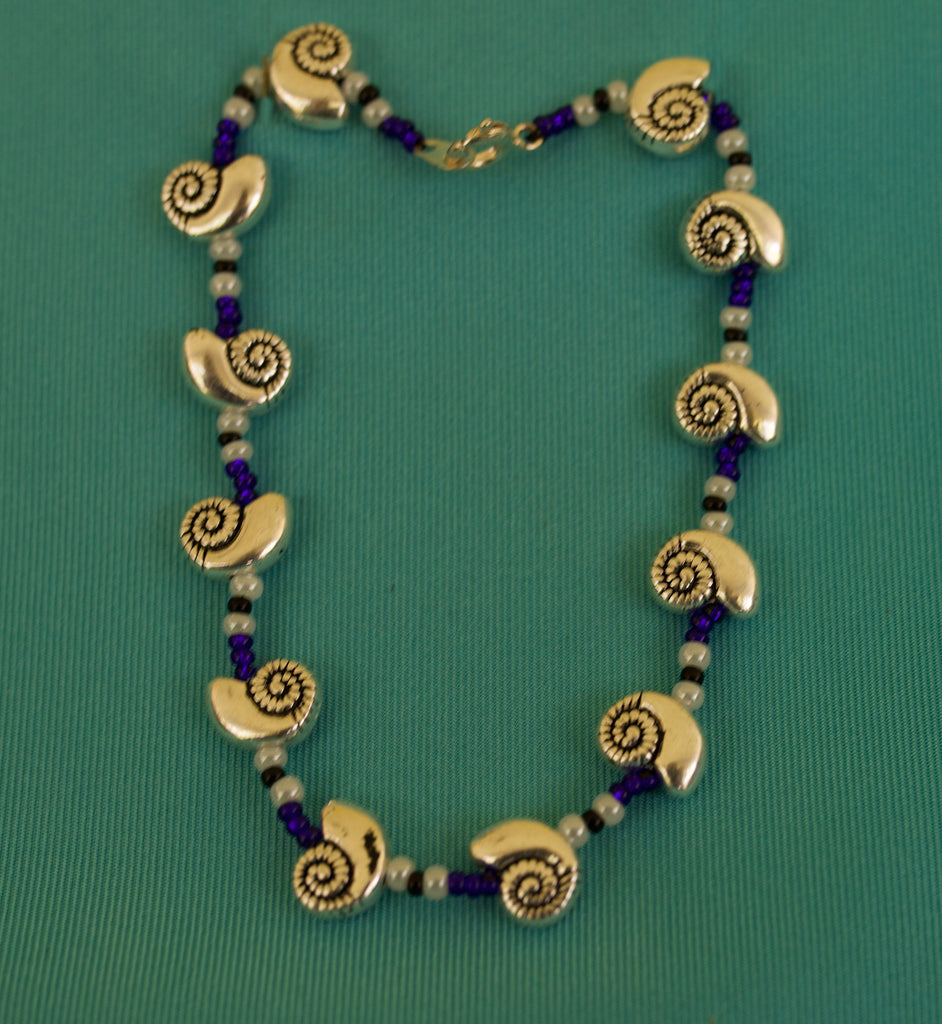 Blue White and Black Shell Bracelet