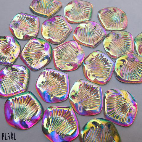 Rainbow Gold Kariel Scales