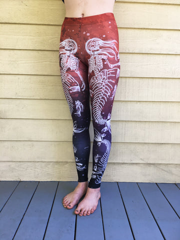 The Deadly Depths Leggings- White