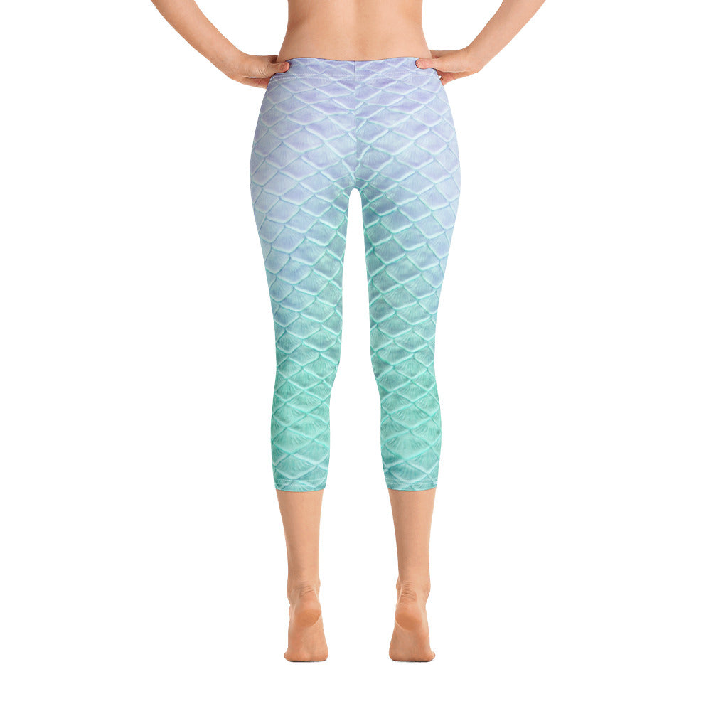 Caspian Cove Capri Leggings