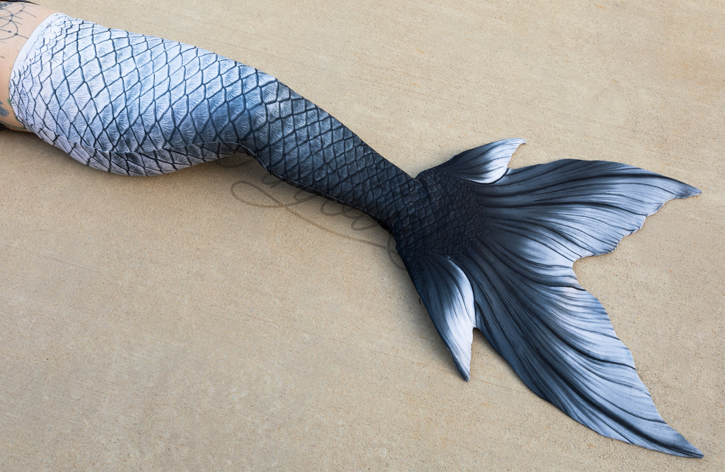 Starcrossed Silver Fabric Tail