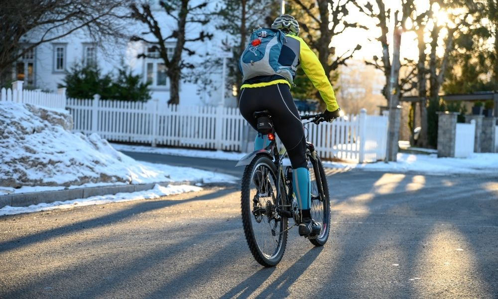 When To Wear a Cycling Base Layer