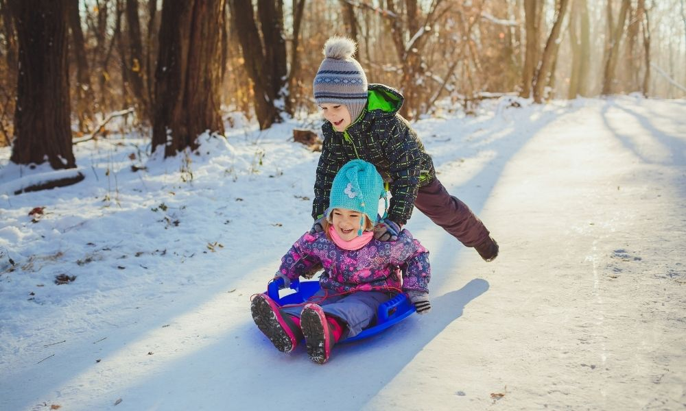 3 Ways To Keep Your Kids Active in the Winter