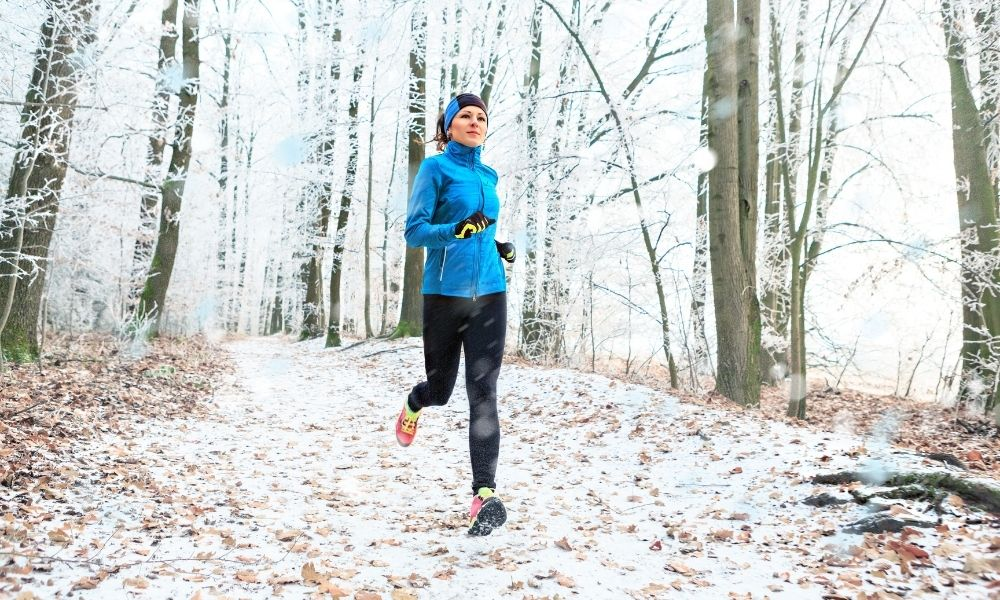 2 Tips To Stay Warm When Running This Winter