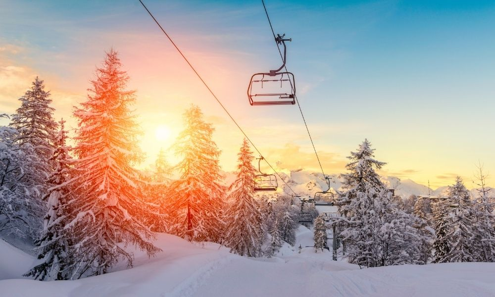 Things To Consider When Choosing a Ski Resort