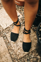 Espadrilles in Black Bohme