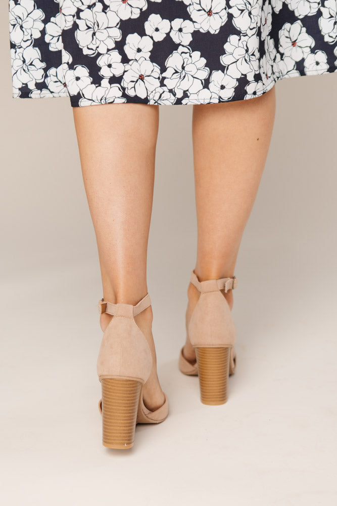 taupe wedges bohme
