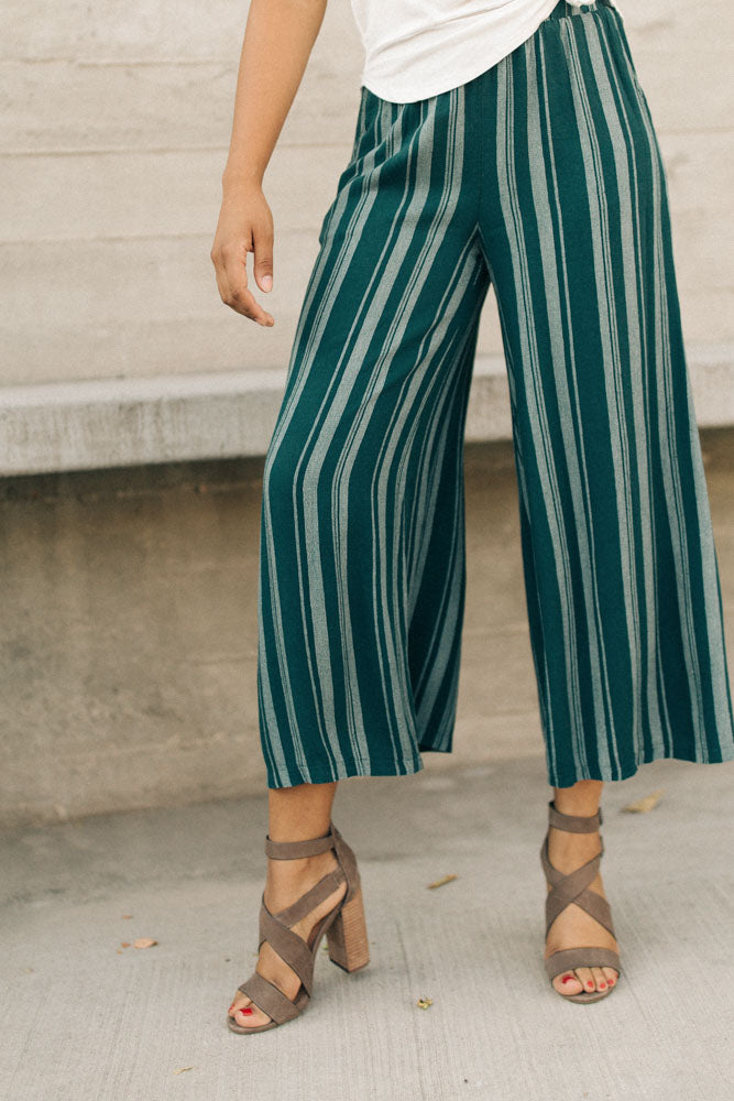 Allena Striped Wide Leg Bottoms in Hunter Green