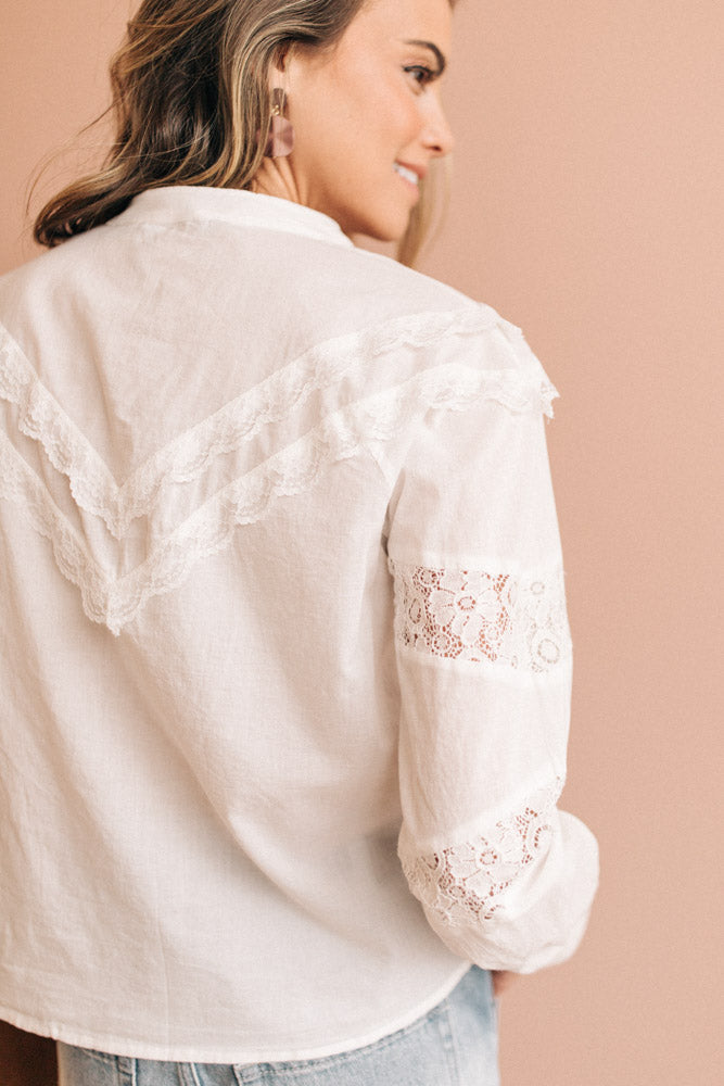 Vero Moda Bernadette Lace Detail Button Down