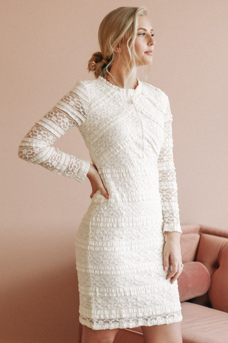 Carmen Lace Dress in Ivory - FINAL SALE