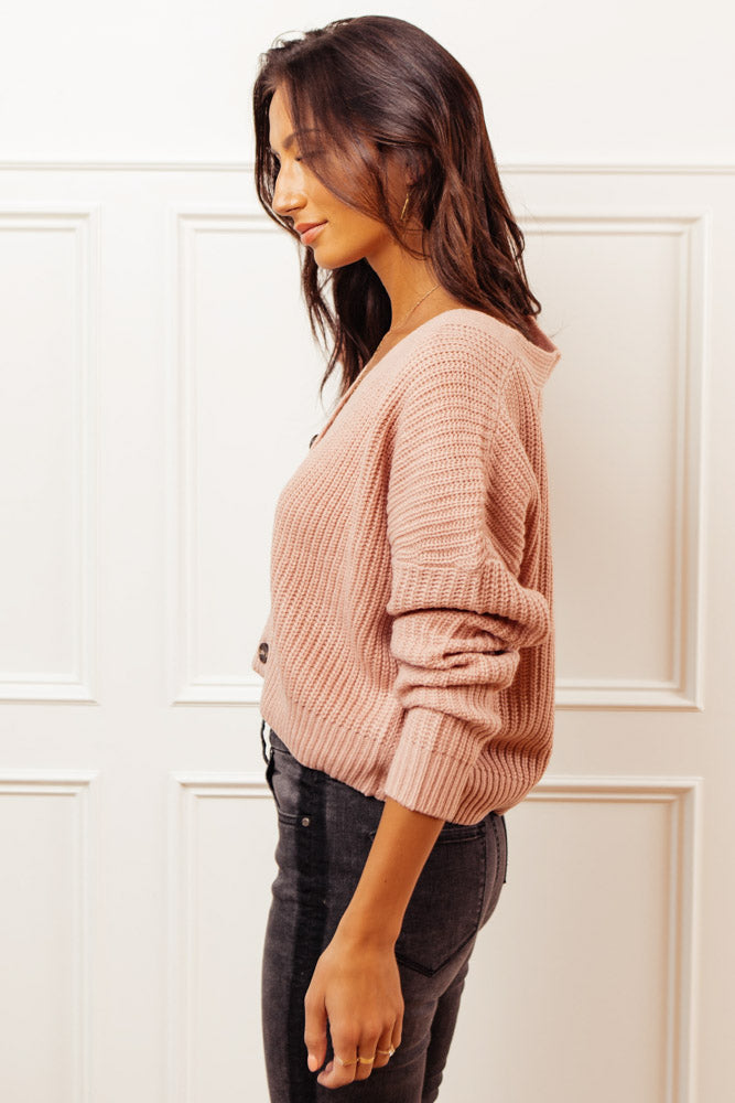Raven Cropped Cardigan in Pink