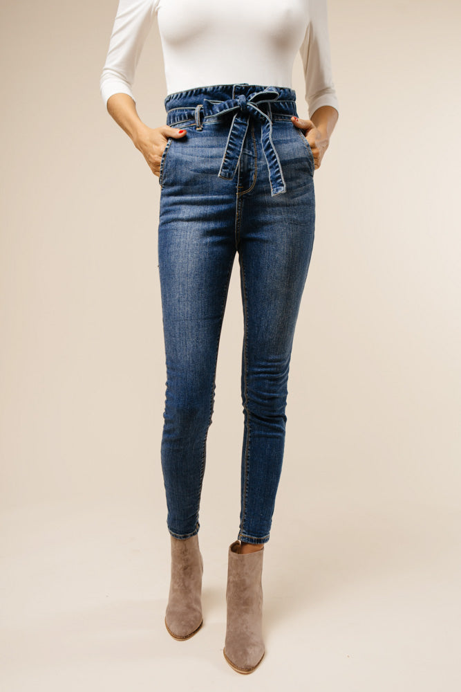 Estelle Very High-Rise Denim