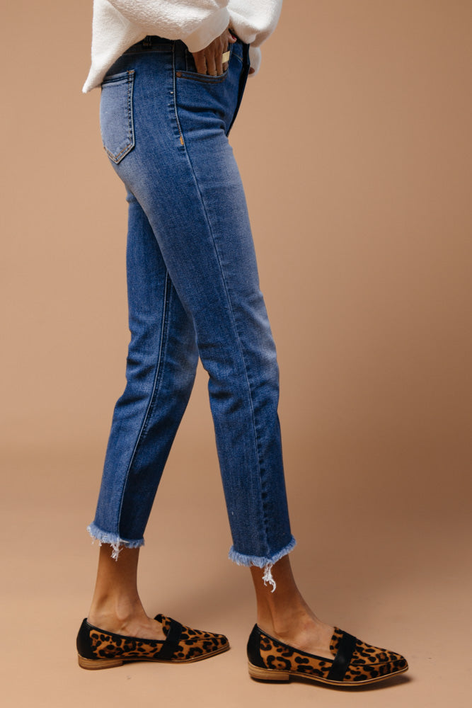 Disclosed Raw Edge Cropped Denim